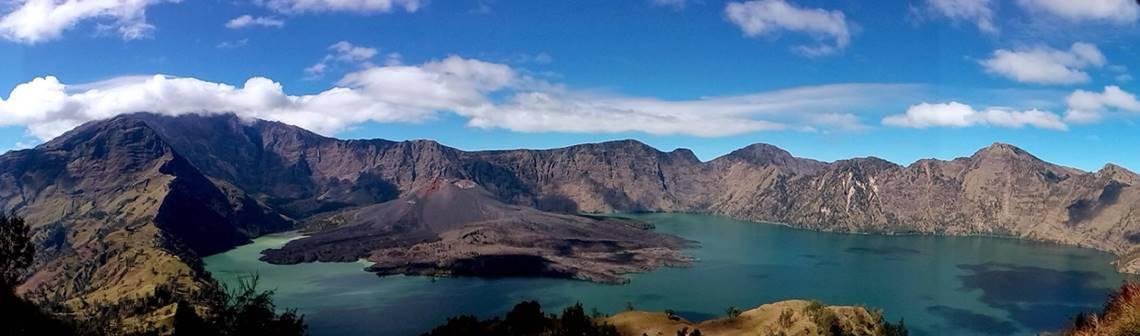 Mount Rinjani Trekking Package Information